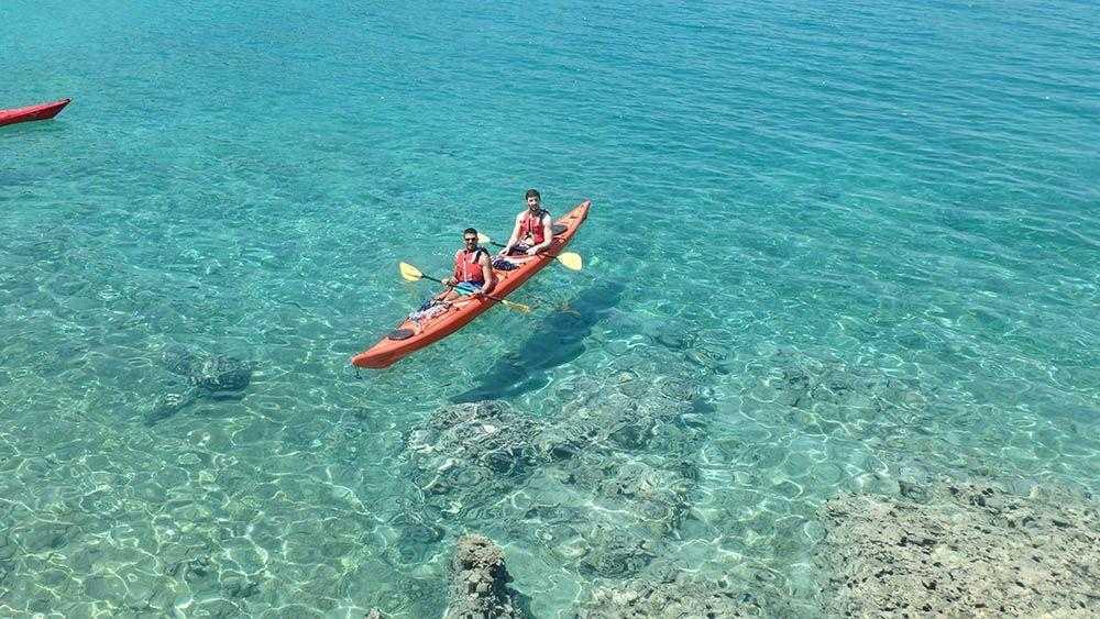 Περιήγηση με θαλάσσιο Kayak στην Άγρια Αργολίδα (Πόρτο Χέλι)