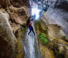 Canyoning στο Φαράγγι Μύλων