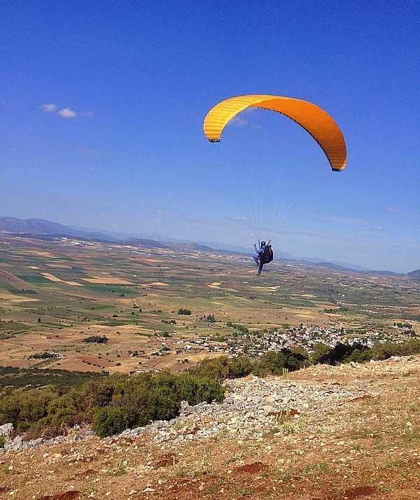 Πτήση με Parapente στο Λουτράκι
