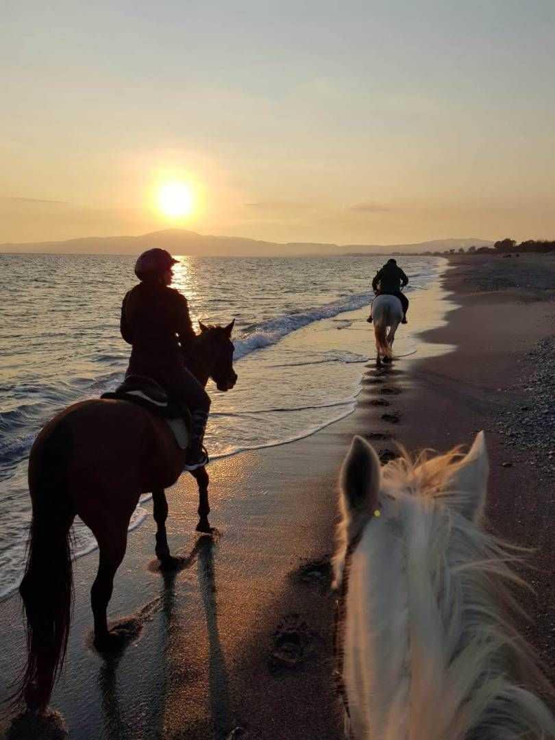 Ιππασία στη παραλία της Καλαμάτας