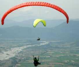 Πτήση tandem paragliding πάνω από την Κόνιτσα
