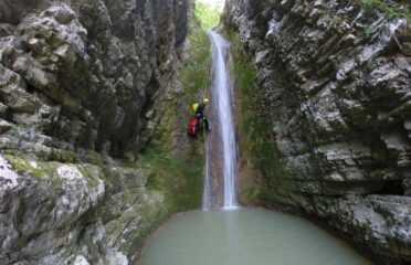 Canyoning και rapel στο φαραγγι Νεφελη