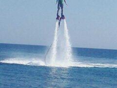 Flyboard στη Σαντορίνη