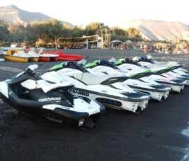 Jet Ski στη Σαντορίνη